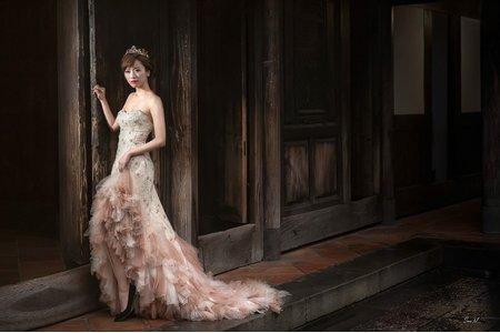 新秘Kiki老師*整體造型婚紗創作