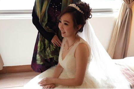 新娘 Lisa*結婚儀式(短髮新娘)
