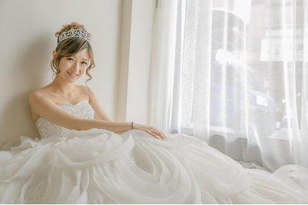 Bride 怡 高盤髮