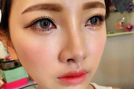 桃園新秘巧萍-眼睛是靈魂之窗