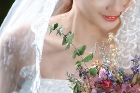 雯伊-自主婚紗造型