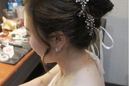 Bride 以玲