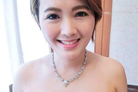 Bride:亮亮