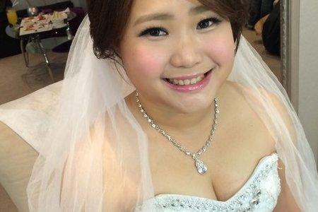 bride . 怡芳