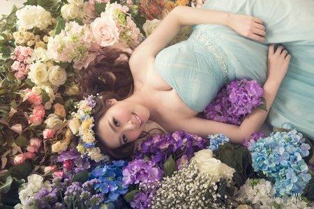 藝人可藍 X 婚紗造型