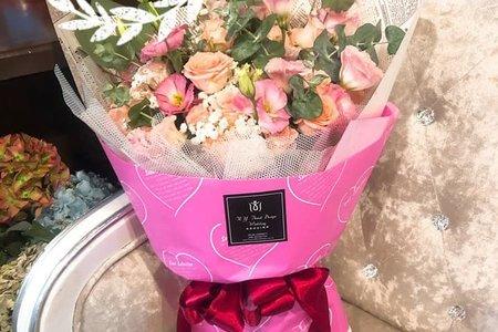 深淺粉色系花束