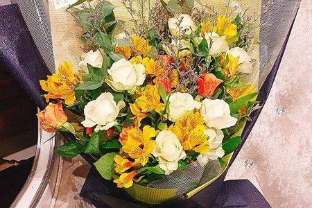 溫暖黃色系花束