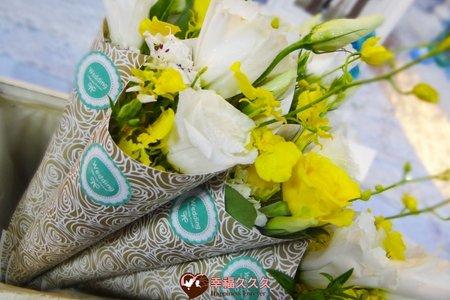 田園風光花卉甜筒