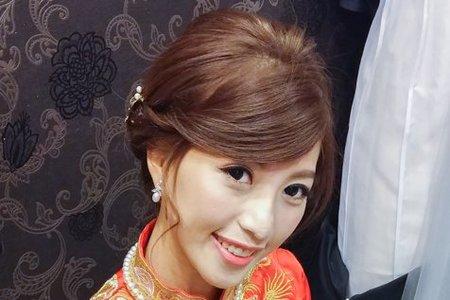 龍鳳袍 (裙掛) ,氣質編髮,上台造型,魚兒,基隆全家福海鮮餐廳