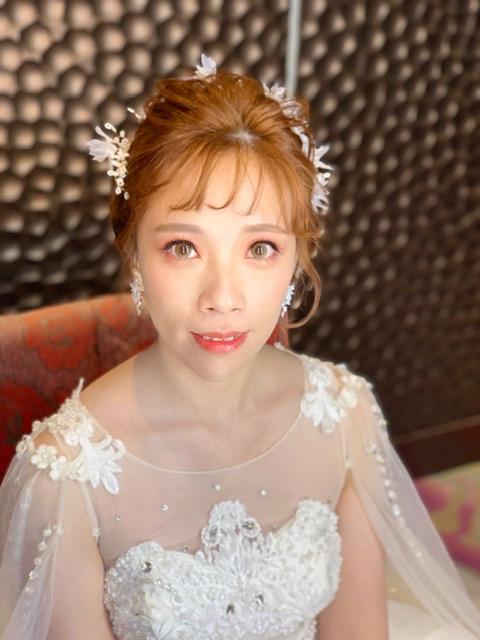 新秘愛咪.婚宴造型.白紗進場