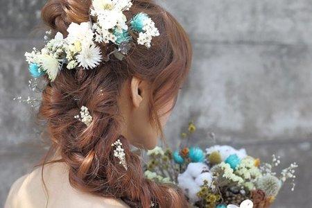 蓬鬆浪漫編髮