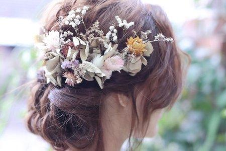 夢幻絕美的新娘編髮造型與復古乾燥花