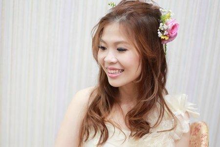 泿漫盤髮.鮮花長髮新娘造型