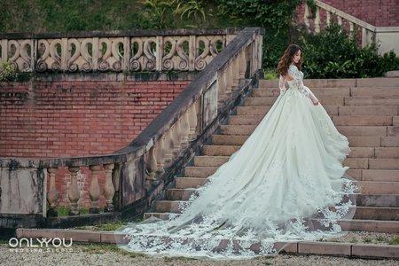 唯你婚紗 l 個性時尚
