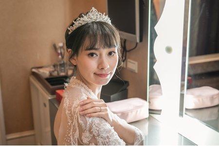 Yvette 瑩榛-髮型&彩妝/晚宴水水