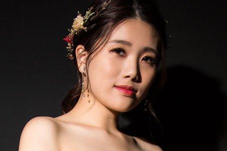 Yvette 瑩榛-髮型&彩妝/奕汝