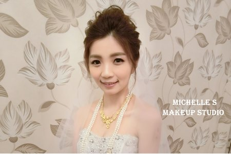 Michelle S 囍宴。優雅線條高包頭。花仙子低盤髮。氣質側盤髮