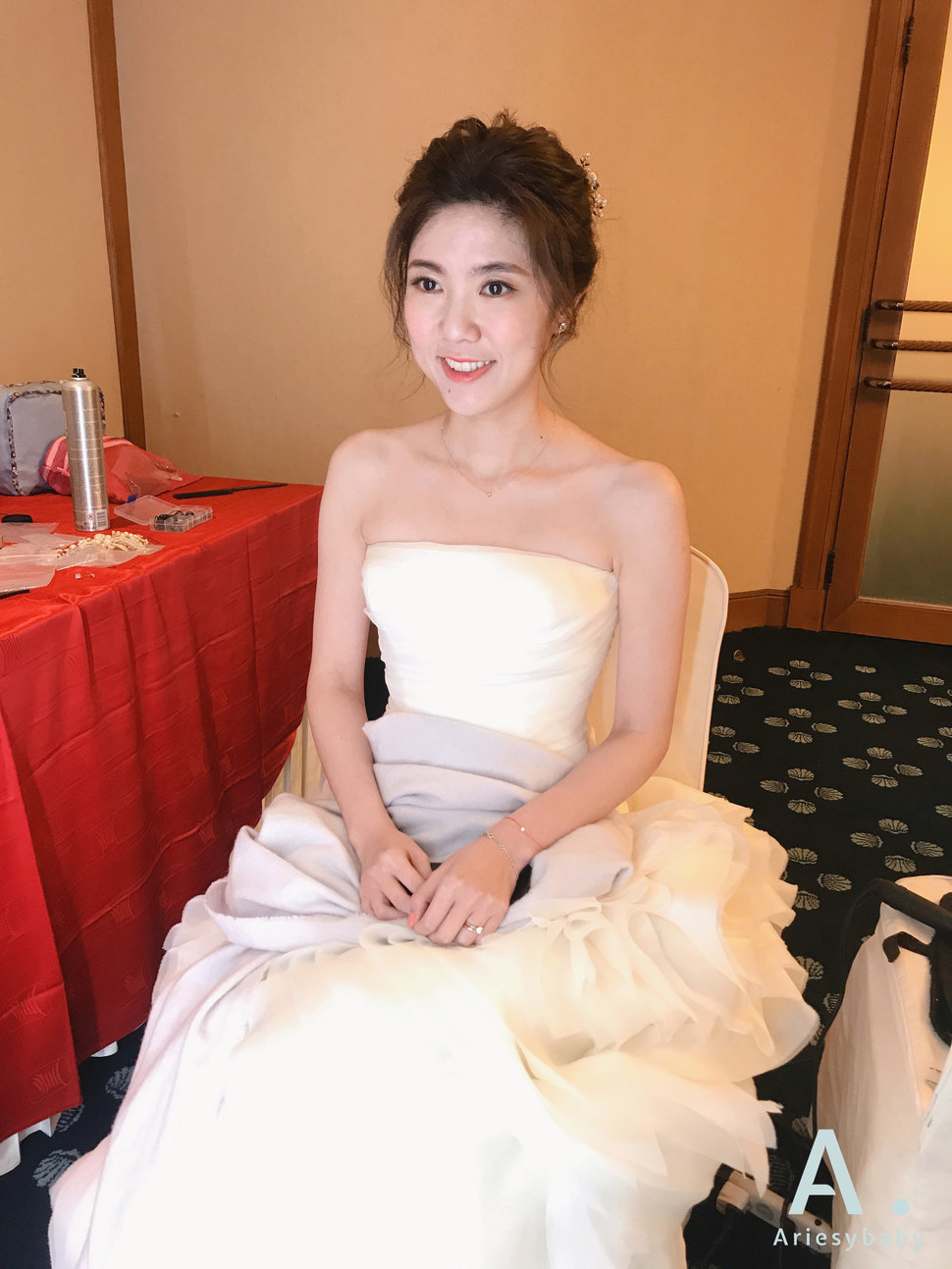 Rena - 愛瑞思新娘秘書造型團隊《結婚吧》