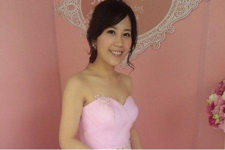 Isa婚禮造型_依恬
