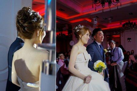 日系編髮甜美風,吸引現場賓客目光的造型