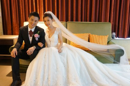 貴氣典雅的白紗包頭 Weishan Hsu Wedding ceremony