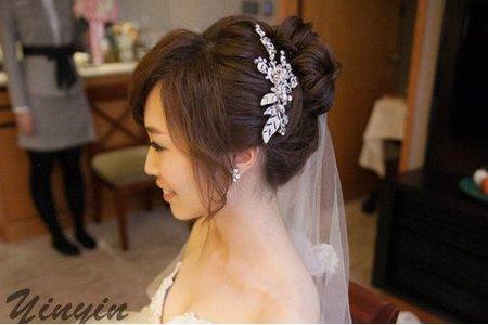 鈺菱 透亮妝感 鮮花造型 編髮造型 精緻花苞盤髮