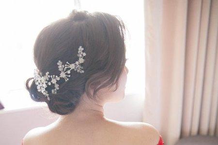 怡茜 編髮造型 經典花苞盤髮 浪漫側編髮 氣質低盤髮
