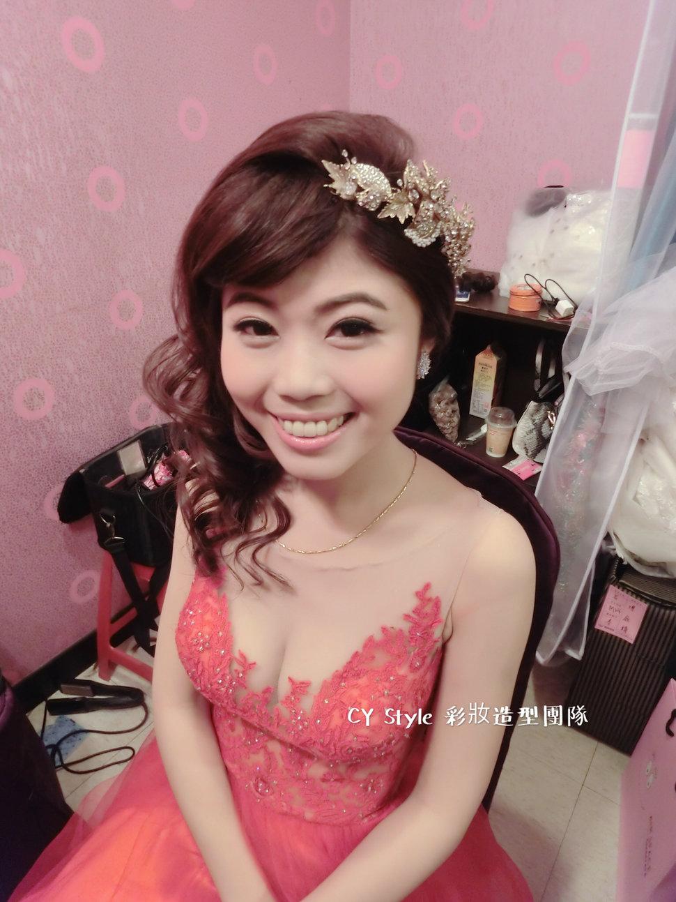 庭靖 訂結婚宴客造型 - CY Style彩妝造型團隊 新娘秘書 - 結婚吧