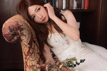 Lisa阿黎彩妝造型[婚紗外拍]❤️