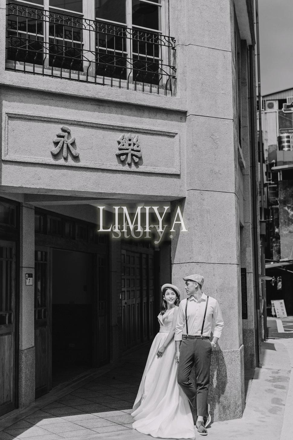 AFU-4843 - 莉米雅手工婚紗攝影工作室《結婚吧》