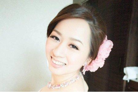 台南 鄭妙妙/新娘秘書彩妝造型師 榕瑩新娘造型