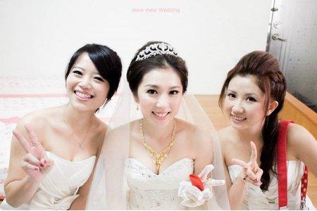 台南 鄭妙妙/新娘秘書彩妝造型師 紫憶新娘造型