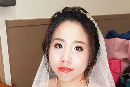 VIVIAN蘇蓉蓉整體造型新娘秘書。新莊典華
