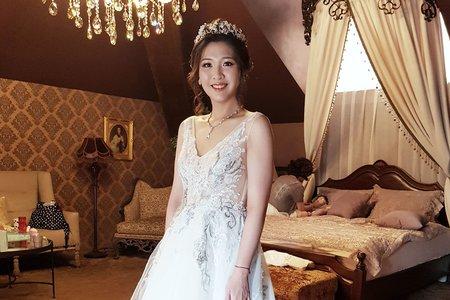 VIVIAN蘇蓉蓉新娘秘書整體造型。韓風。噴槍彩妝