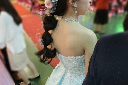 #自然妝感 #盤髮 #短髮 #乾燥花 #紅色禮服 #銀灰色禮服 #水藍色禮服 #文訂造型 #敬酒造型 #送客造型