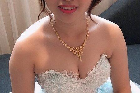 甜美/低馬尾/水藍色禮服/送客/嘉義新娘