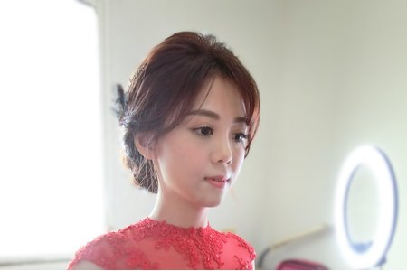 甜美新娘/嘉義新娘秘書/新娘推薦/紅色禮服/盤髮
