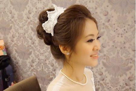 手作蕾絲皇冠 獨一無二 ~台北結婚晚宴 新娘秘書