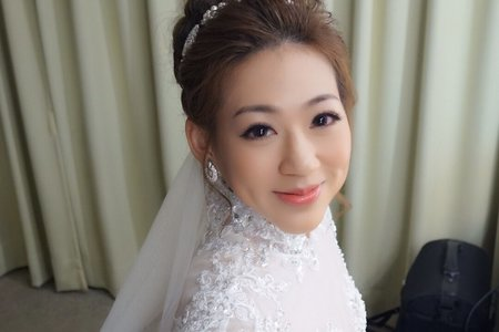 渾身散發出明星風采 讓人目不轉睛 ~ 新竹結婚喜宴新娘秘書