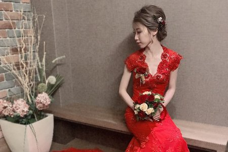 訂婚儀式整體妝髮造型