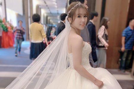 雲林新秘結婚進場長頭紗