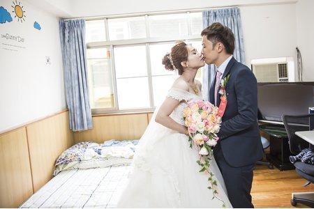 克韡&虹妏 婚禮紀錄@高雄婚攝-高雄自宅+高雄西子灣會館