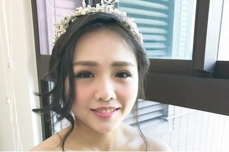 Chin 自助婚紗單妝造型