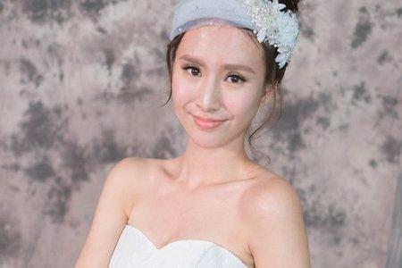 [Phoebe Bride]
