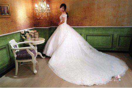 台北 Judy茱蒂文創婚禮❤️Ruby手工禮服 7套美翻天的婚紗禮服試穿分享 嬌小女的婚紗也可以高挑又有氣勢