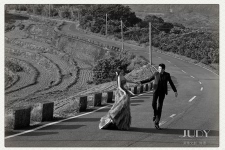 【judy婚紗推薦】  【judy婚紗】  【judy婚紗禮服推薦】  【judy婚紗禮服分享】依雷❤️秉彥 | JUDY文創.婚禮 | 台北外拍景點 | 陽明山花卉 | 南雅奇岩 |