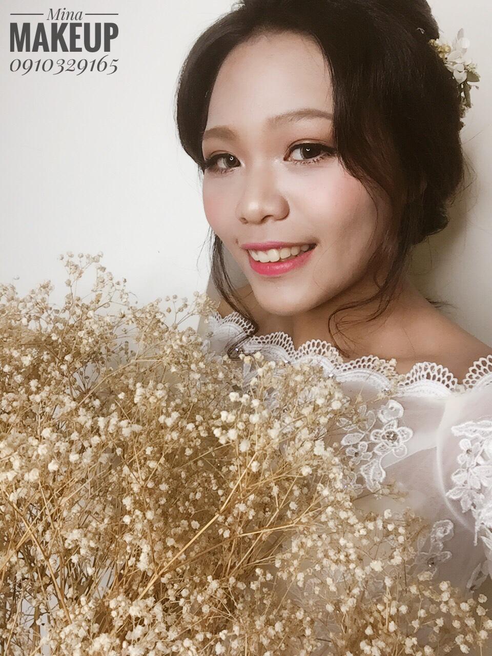 ☆整體造型師Mina ☆ 新娘秘書
