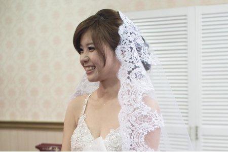 長頭紗 公主長髪 新娘若華