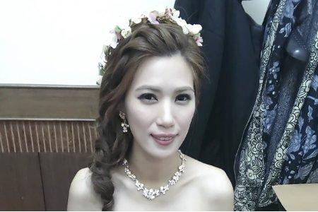 氣質花飾編髪  新娘麗娟