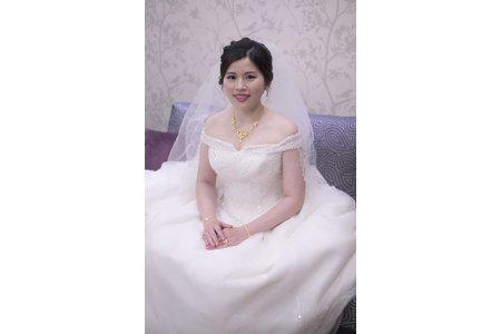 典雅低包 新娘于瑄